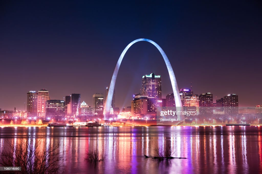 Skyline of Saint Louis with Gateway Arch by night