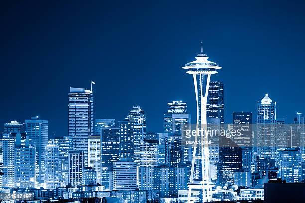 Horizonte de Seattle en la noche