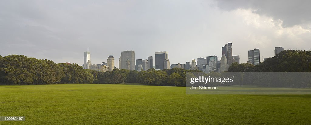 Skyline shoot fron Central Park looking south : Stock Photo
