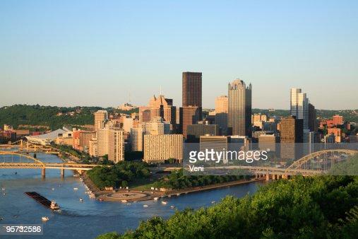Skyline view of Pittsburgh, Pennsylvania