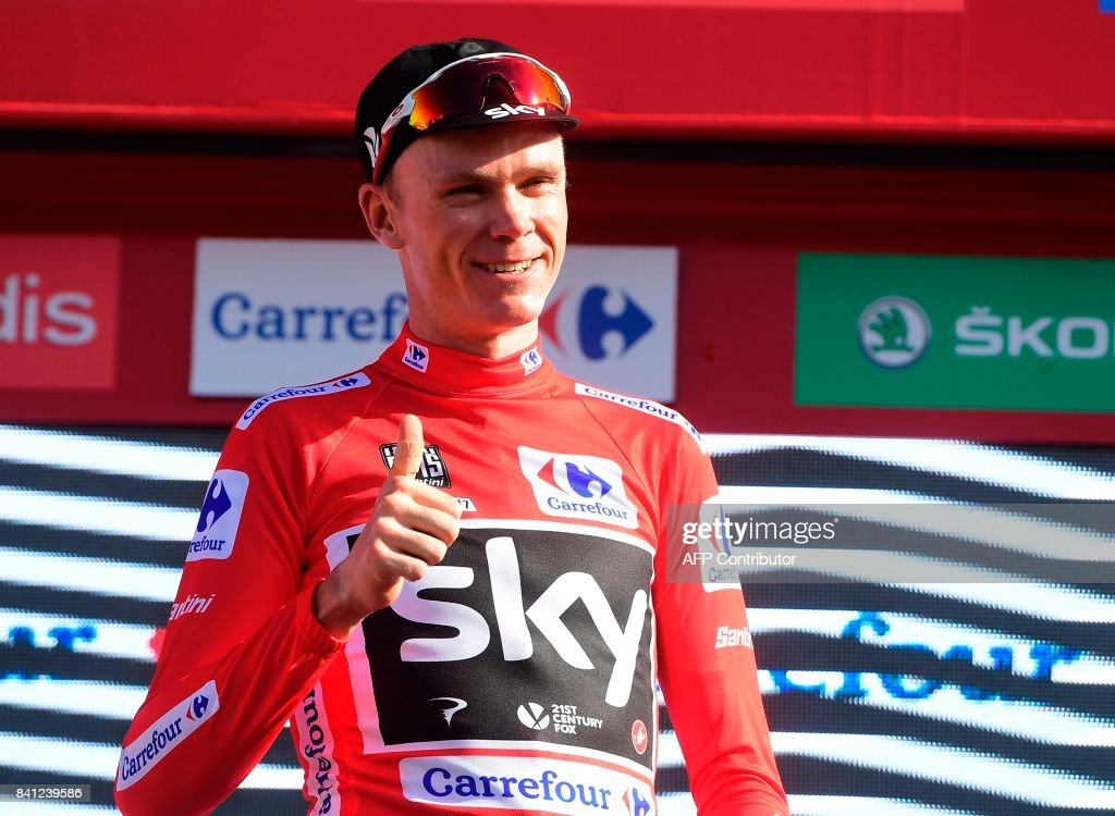skys-british-cyclist-christopher-froome-thumbs-up-sporting-the-red-picture-id841239586