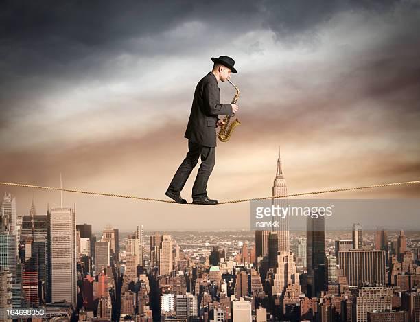 Skywalk com Saxofone