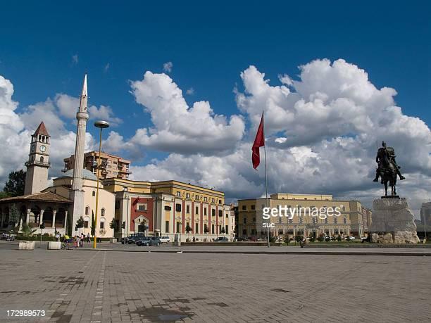 Piazza Skanderbeg
