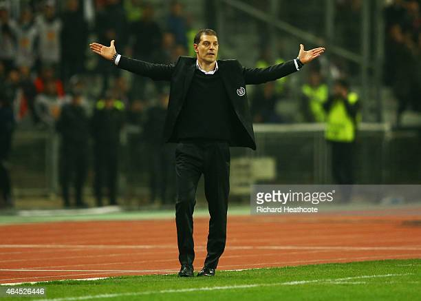 Slaven Bilic head coach of Besiktas reacts during the UEFA Europa League Round of 32 second leg match between Besiktas JK and Liverpool FC on...