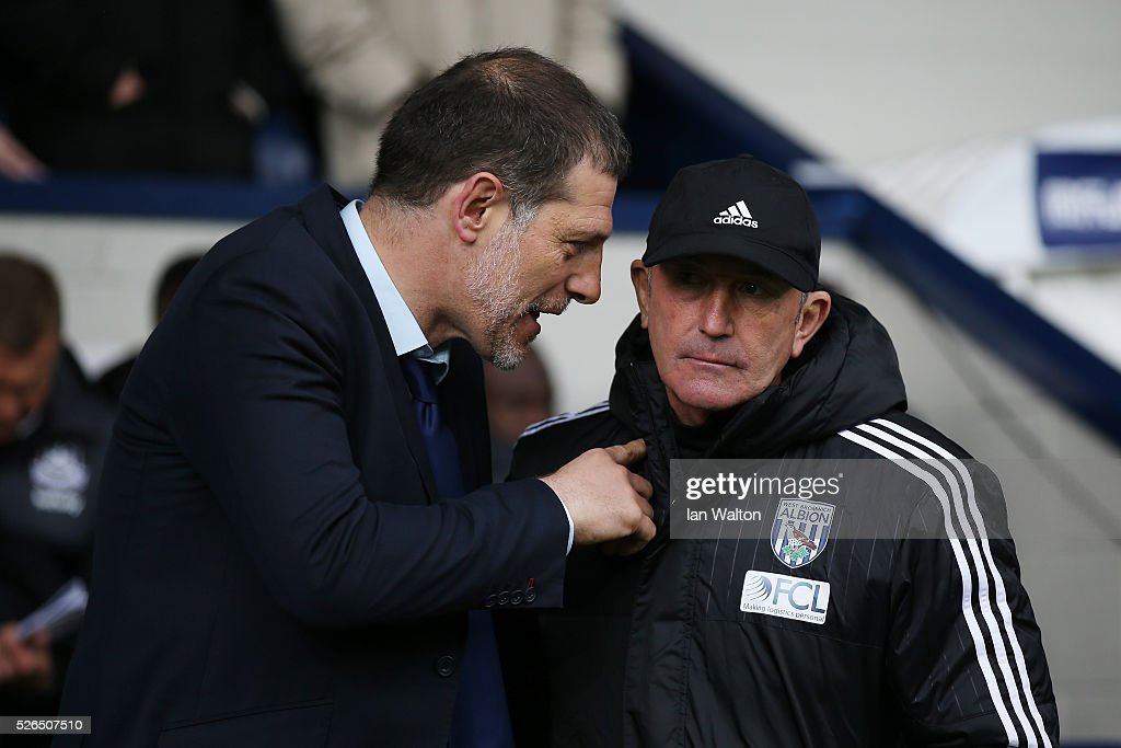 Slaven Bilic manager of West Ham United and Tony Pulis manager of West Bromwich Albion greet prior to the Barclays Premier League match between West Bromwich Albion and West Ham United at The Hawthorns on April 30, 2016 in West Bromwich, England.