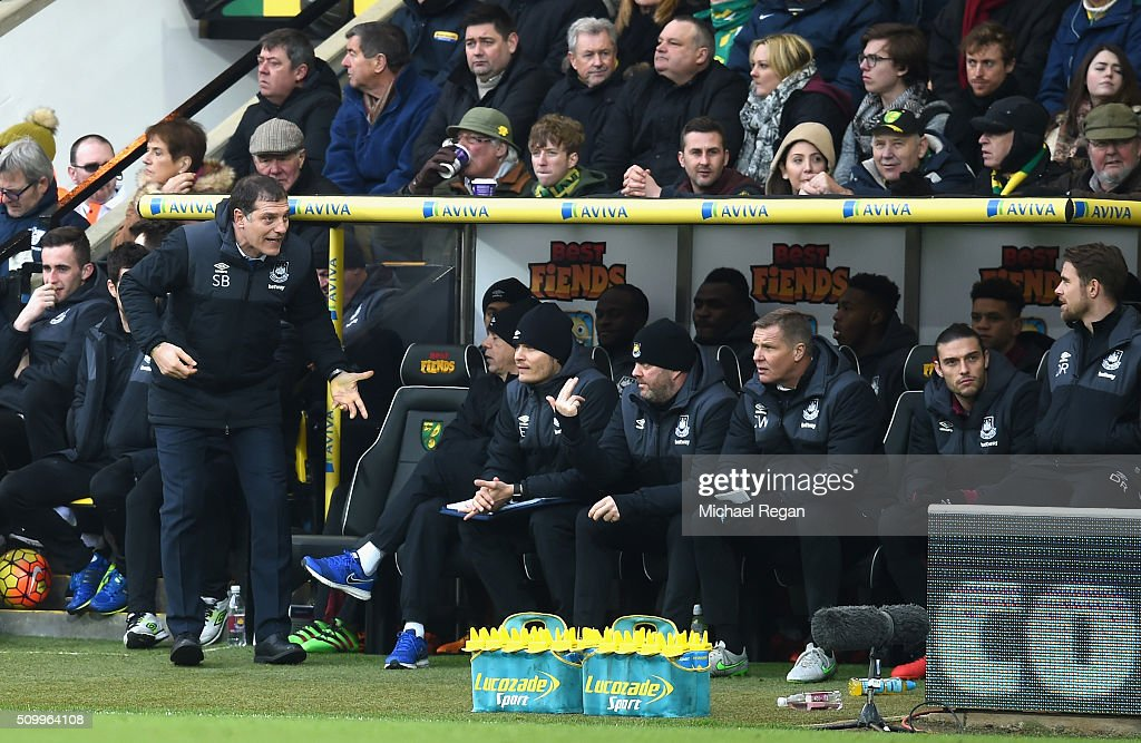 <a gi-track='captionPersonalityLinkClicked' href=/galleries/search?phrase=Slaven+Bilic&family=editorial&specificpeople=1040506 ng-click='$event.stopPropagation()'>Slaven Bilic</a> manager of West Ham United gestures in front of the bench during the Barclays Premier League match between Norwich City and West Ham United at Carrow Road on February 13, 2016 in Norwich, England.