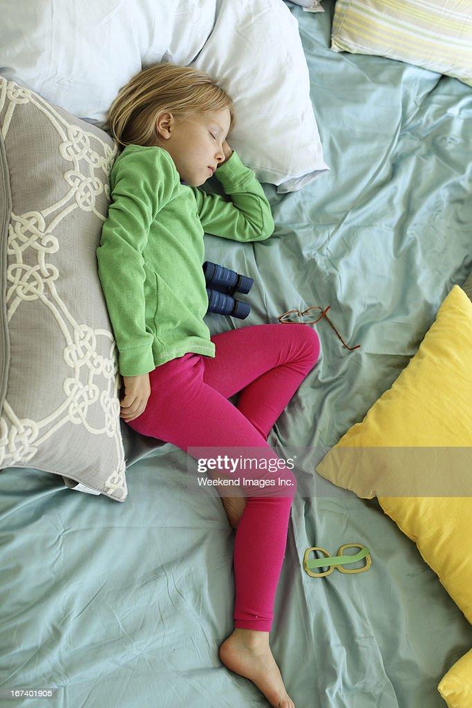 Sleeping toddler : Stockfoto