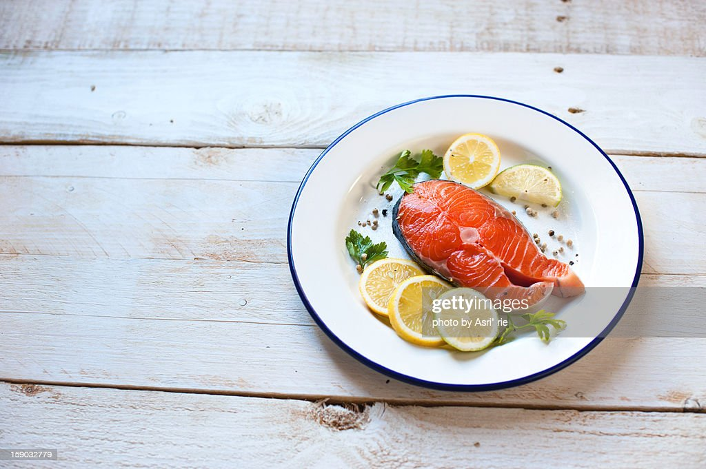 Slice of salmon : Bildbanksbilder