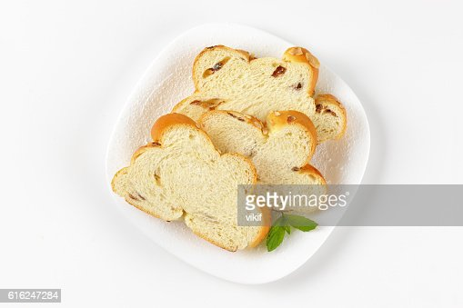 slices of Christmas sweet braided bread : Foto de stock