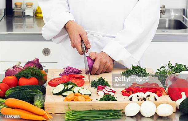 Slicing vegetables