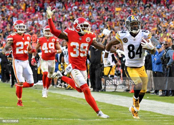 Pittsburgh wide receiver ANTONIO BROWN had eight catches for 155 yards including a 51yard touchdown in the fourth quarter in the Steelers' 1913 win...