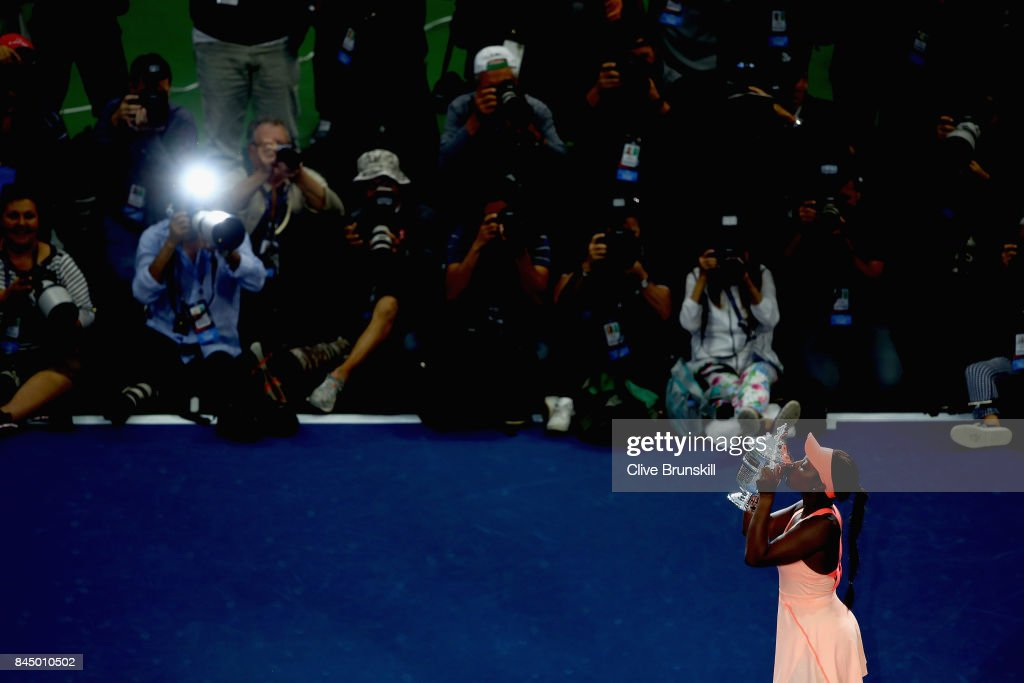 Sloane Stephens of the United States kisses the championship trophy during the trophy presentation after the Women's Singles finals match on Day Thirteen of the 2017 US Open at the USTA Billie Jean King National Tennis Center on September 9, 2017 in the Flushing neighborhood of the Queens borough of New York City. Sloane Stephens defeated Madison Keys in the second set with a score of 6-3, 6-0.