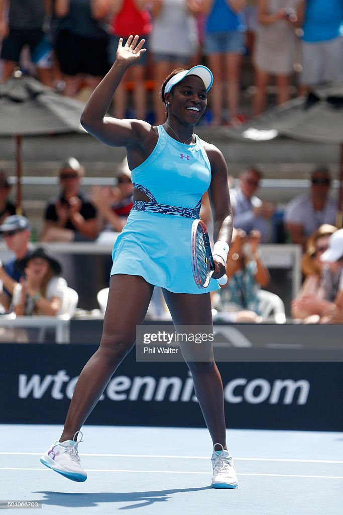 Sloane Stephens of the USA celebrates winning her singles final match against Julia Joerges of Germany during day six of the 2016 ASB Classic at the ASB Tennis Arena on January 9, 2016 in Auckland, New Zealand.