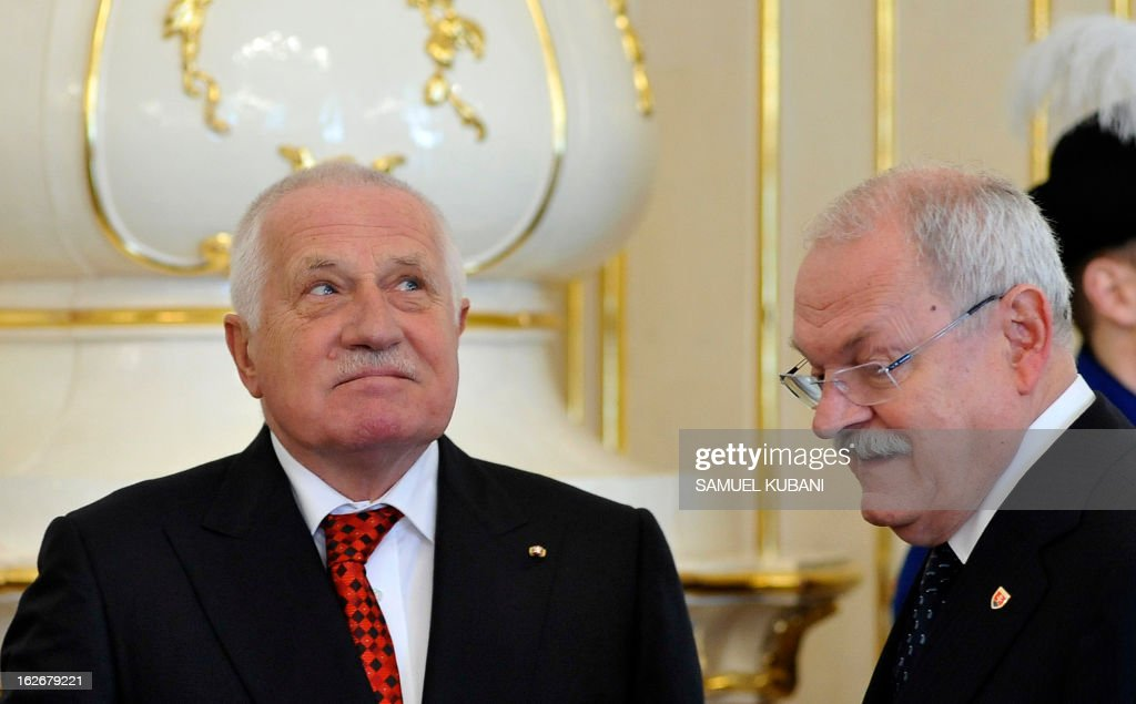 Slovak President Ivan Gasparovic (R) and his Czech counterpart Vaclav Klaus meet on February 26, 2013 in Bratislava. Klaus is on a two-day official visit to Slovakia.