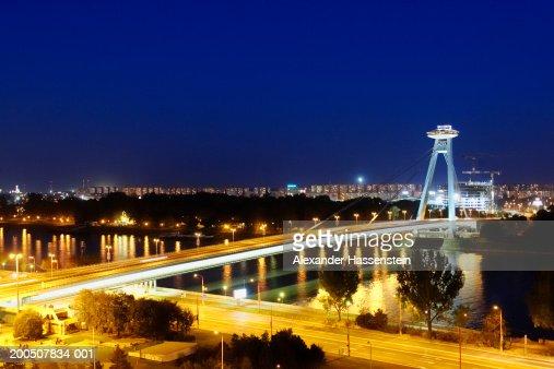 Slovakia, Bratislava, bridge, night (long exposure) : Photo