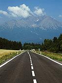 Slovakia, Tatranska Lomnica, open road in Upper Tatra region