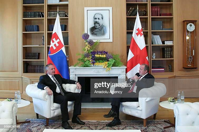 Slovakian President Andrej Kiska (L) meets Georgian President Giorgi Margvelashvili (R) during his official visit in Tbilisi, Georgia on May 30, 2016.