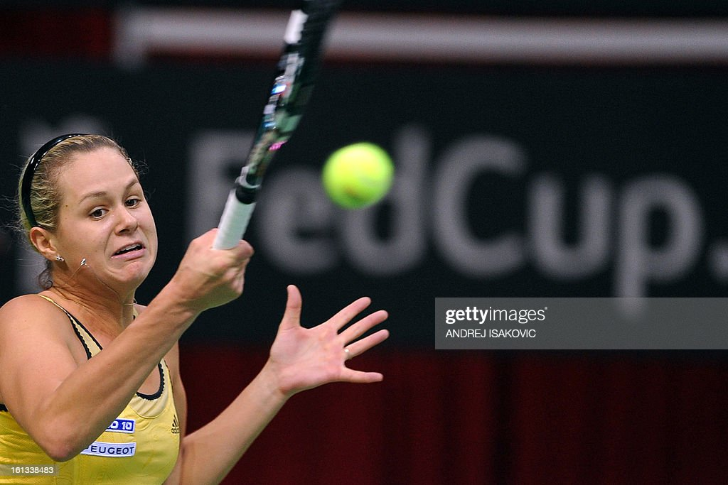 Slovakia's Jana Cepelova returns the ball to Serbia's Bojana Jovanovski during the Fed cup World group first round tie tennis match between Serbia and Slovakia on February 10, 2013, in Nis. AFP PHOTO / ANDREJ ISAKOVIC
