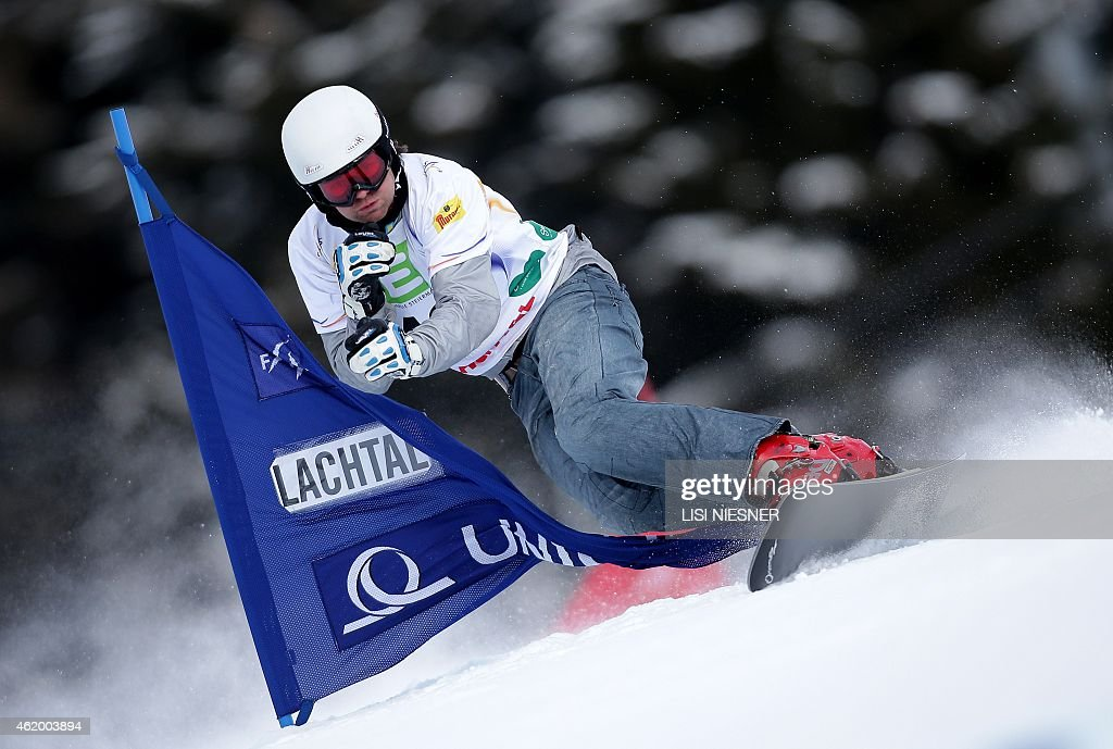 Slovenia's <a gi-track='captionPersonalityLinkClicked' href=/galleries/search?phrase=Rok+Flander&family=editorial&specificpeople=869981 ng-click='$event.stopPropagation()'>Rok Flander</a> competes during the Men's Snowboard Parallel Giant Slalom Qualification of the FIS Freestyle and Snowboarding World Ski Championships 2015 in Lachtal, near Kreischberg, Austria on January 23, 2015. AFP PHOTO / LISI NIESNER