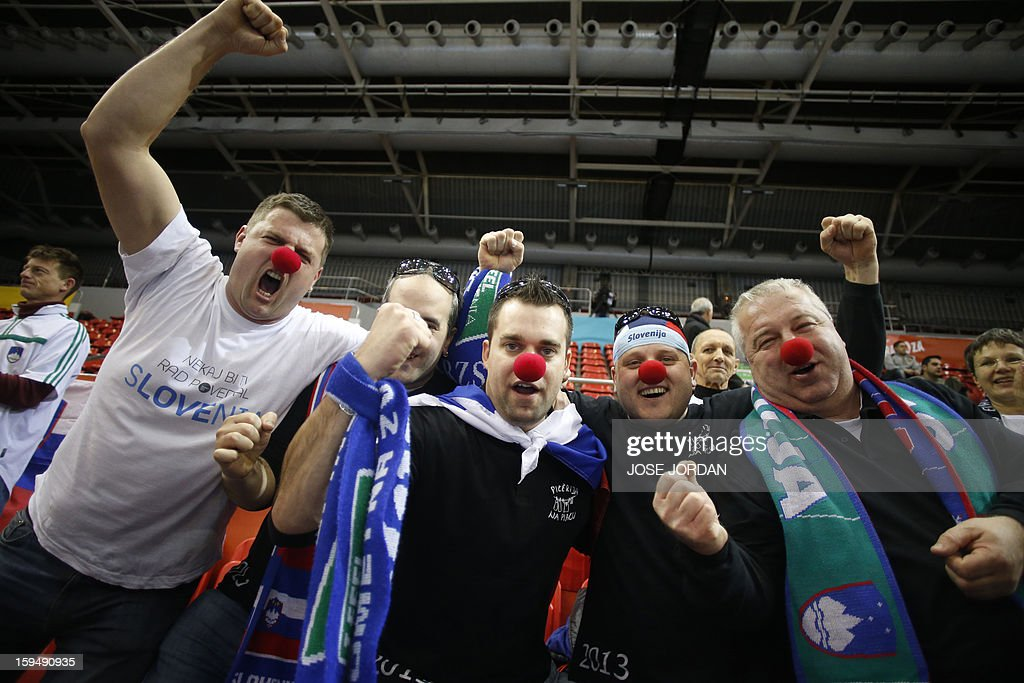 Slovenia's supporters react during the 23rd Men's Handball World Championships preliminary round Group C match South Korea vs Slovenia at the Pabellon Principe Felipe in Zaragoza on January 14, 2013. AFP PHOTO / JOSE JORDAN