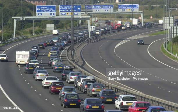 Slow moving bank holiday weekend traffic southbound on the M5 Motorway at it approaches the junction with the M4 Motorway close to Bristol * 21/10/02...
