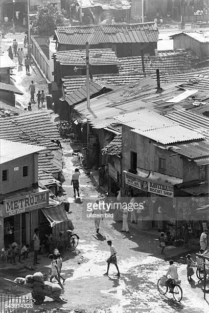 Slums in Dharavi einem Stadtteilvon Bombay in dem 500000 Menschenleben 1982