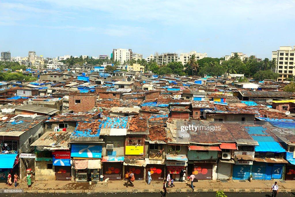 Slums of Mumbai : ストックフォト