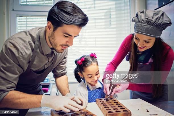 Petite entreprise familiale de production de chocolat