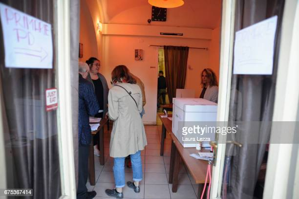 A small polling station of the PD is displayed after the vote for Democratic Party leadership primaries on April 30 2017 in Livorno Italy Matteo...