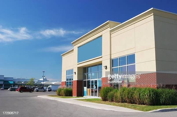 店舗の建物の外観