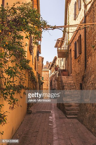 A small street in Pienza : Stock-Foto