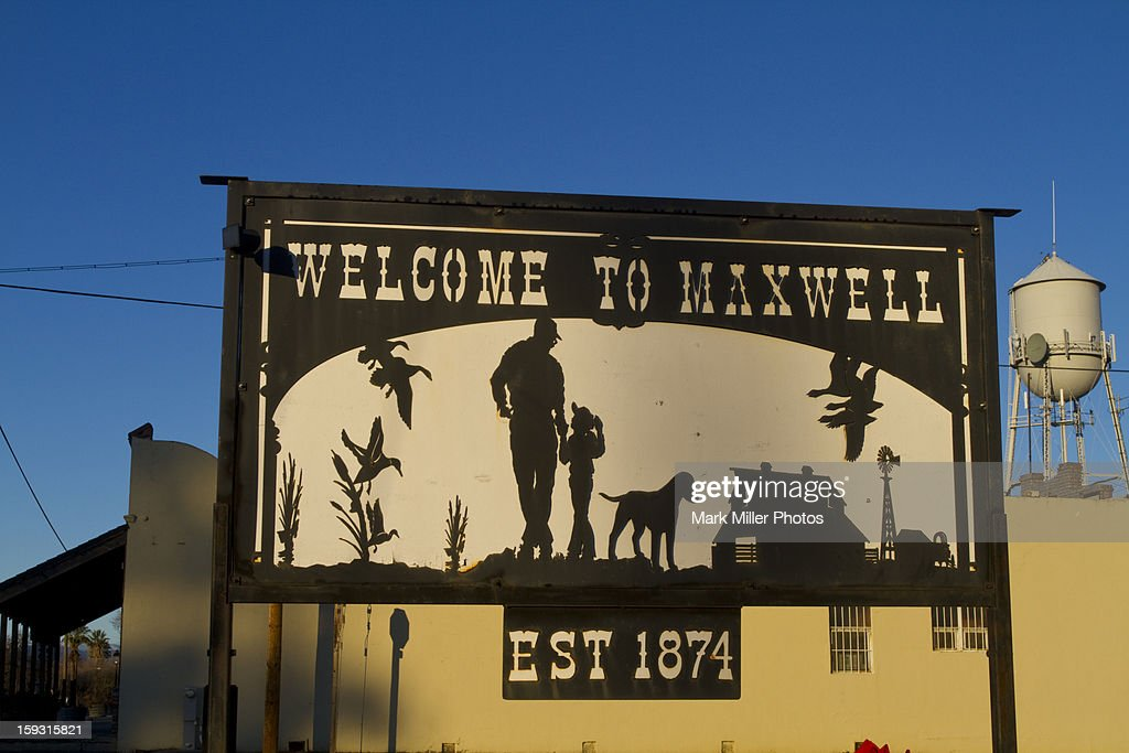 Small Town Welcome Sign : Stock Photo