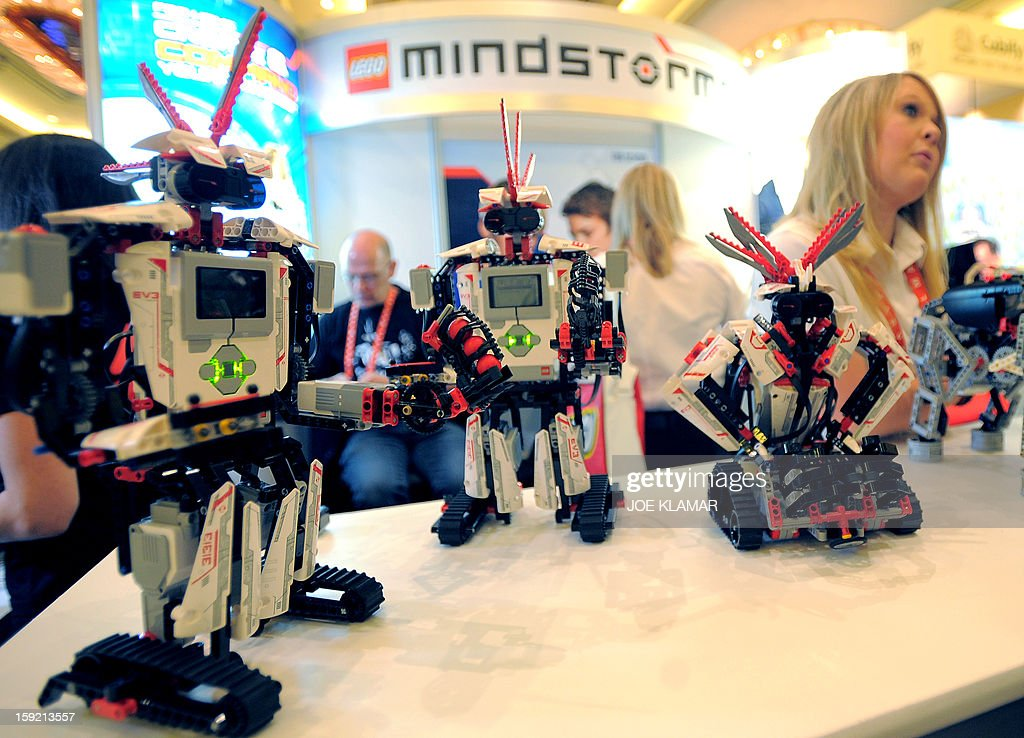 Smart device controlled toy robots by Mindstorms are displayed at the 2013 International CES at the Las Vegas Convention Center on January 9, 2013 in Las Vegas, Nevada. CES, the world's largest annual consumer technology trade show, runs from January 8-11 and is expected to feature 3,100 exhibitors showing off their latest products and services to about 150,000 attendees.AFP PHOTO / JOE KLAMAR