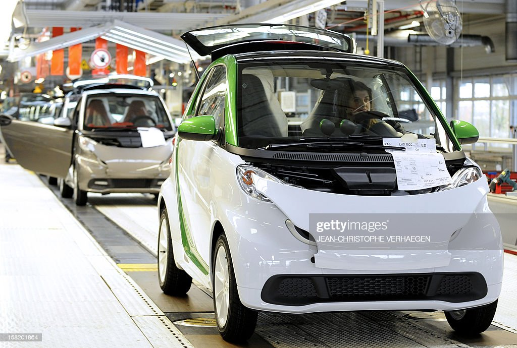 A Smart ForTwo Electric Drive car is pictured at the Smart factory of Hambach, eastern France, on December 11, 2012. The third-generation Smart electric drive is scheduled to be launched in the U.S. and Europe by the second quarter of 2013 and Smart plans to mass produce the electric car with availability in 30 markets worldwide. VERHAEGEN
