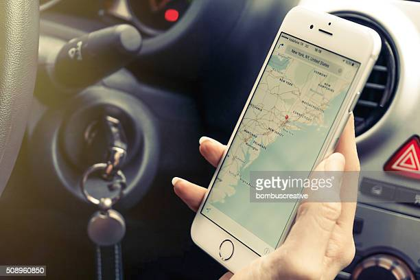 Smartphone mapping in auto