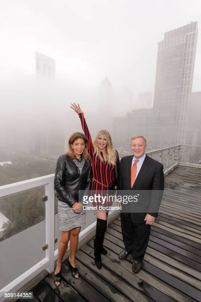 Smile Train the worlds largest cleft charity hosted a private lighting ceremony at the iconic Two Prudential Plaza in Chicago with Christie Brinkley...