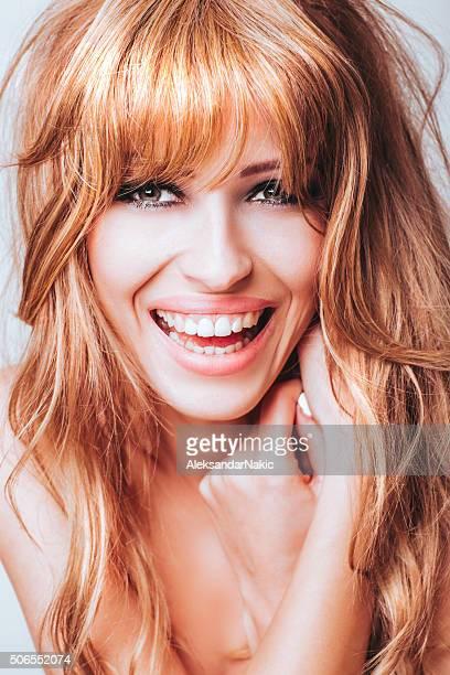 Lächelnd Schönheit