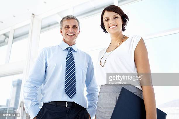笑顔従業員ビジネス