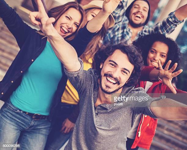 Lächelnd Gruppe von Personen