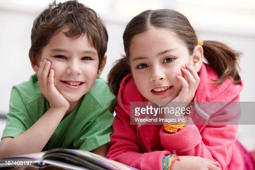 Smiling kids : Stockfoto