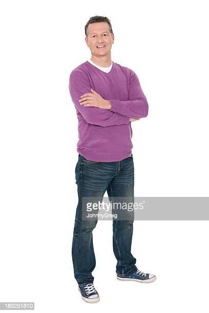 Lächelnd Reifer Mann mit Arme verschränkt