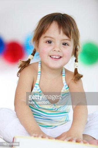 Lächelnd Kleinkinder : Stock-Foto