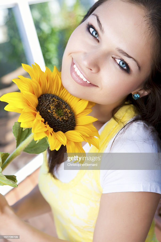 sunflower single women Answer to 1 in a single day, two 19-year-old women and one 20-year-old man sought treatment at a university health clinic, compla.