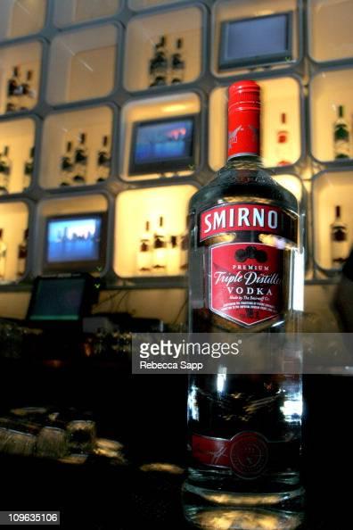 Alison brie smirnoff vodka commercial april 2014 2