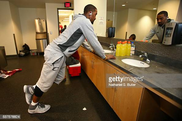 R Smith of the Cleveland Cavaliers gets ready before Game Six of the NBA Eastern Conference Finals against the Toronto Raptors at Air Canada Centre...