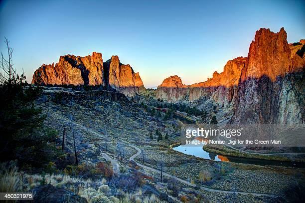 Smith Rock, Oregon - Morning Glory