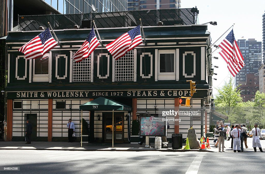 Smith Wollensky steakhouse is photographed on Wednesday May 9 in New York Billionaire Warren Buffett sat down over steaks today with an investor who...