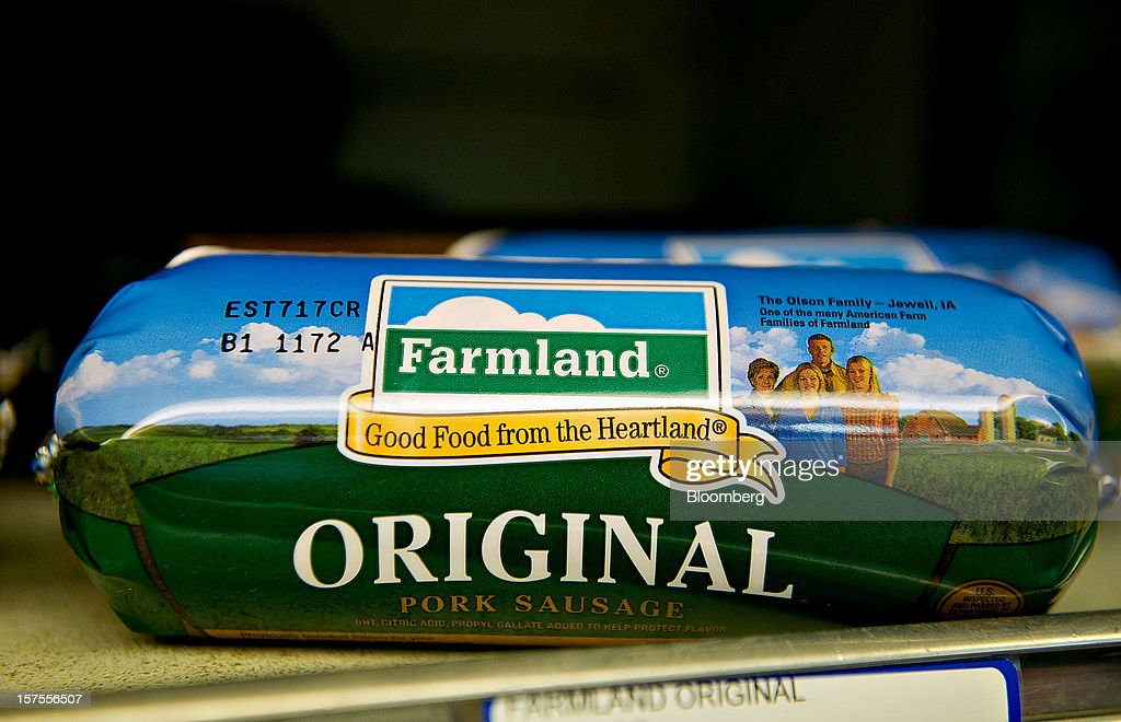 Smithfield Foods Inc. Farmland brand pork sausage sits on display for sale at a supermarket in Princeton, Illinois, U.S., on Monday, Dec. 3, 2012. Smithfield Foods Inc., the world's biggest pork processor, is scheduled to report quarterly earnings on Dec. 6. Photographer: Daniel Acker/Bloomberg via Getty Images