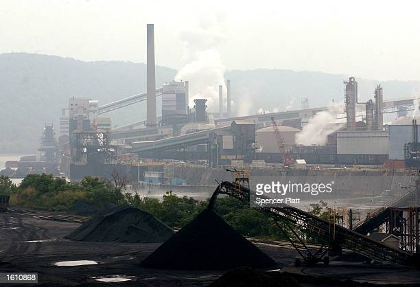 Smoke billows from a coal powered steel plant August 26 2001 in western PA The coal mining industry once nearly extinct in Pennsylvania has made a...