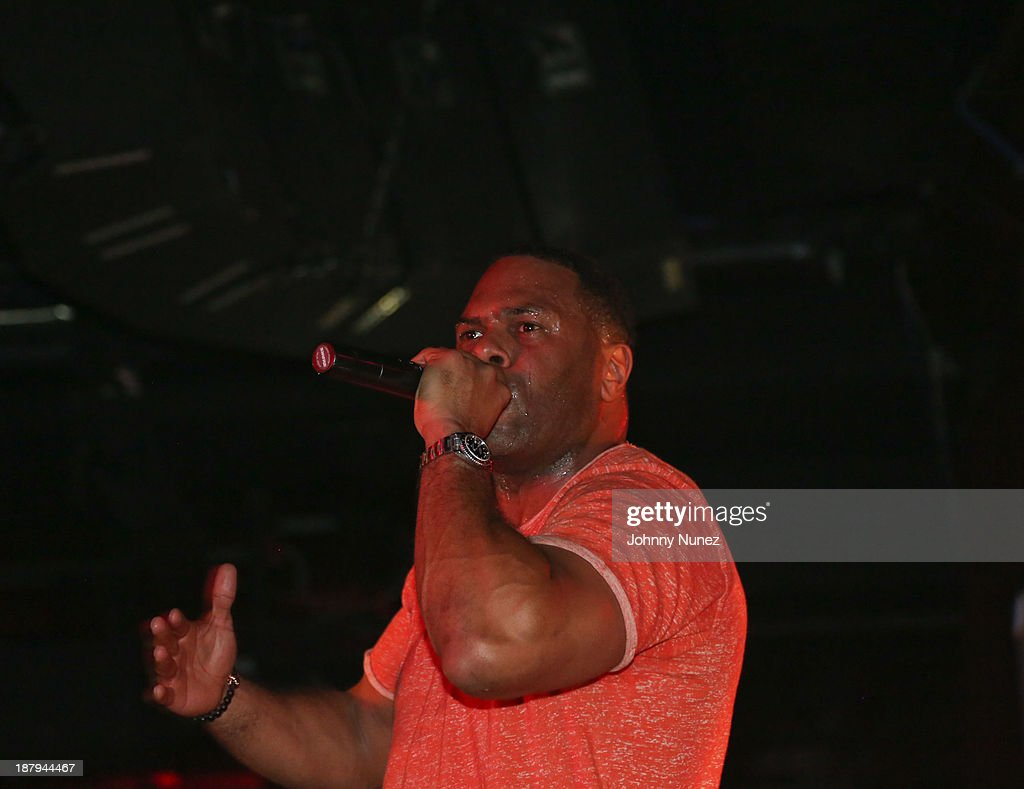 CL Smooth performs at B.B. King Blues Club & Grill on November 13, 2013 in New York City.